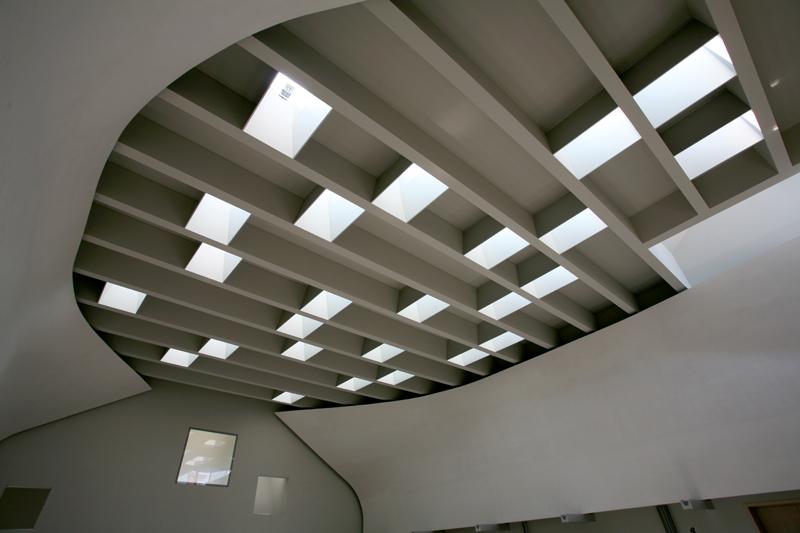 In evidenza, gli elementi architettonici delle due vele (cortesia: Ferrara-Palladino)