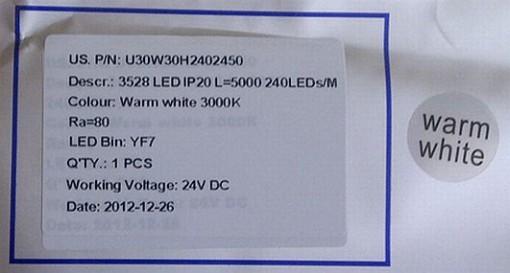 Strisce LED. Una etichettatura prodotto con sufficienti informazioni utili (cortesia: V. Reda)
