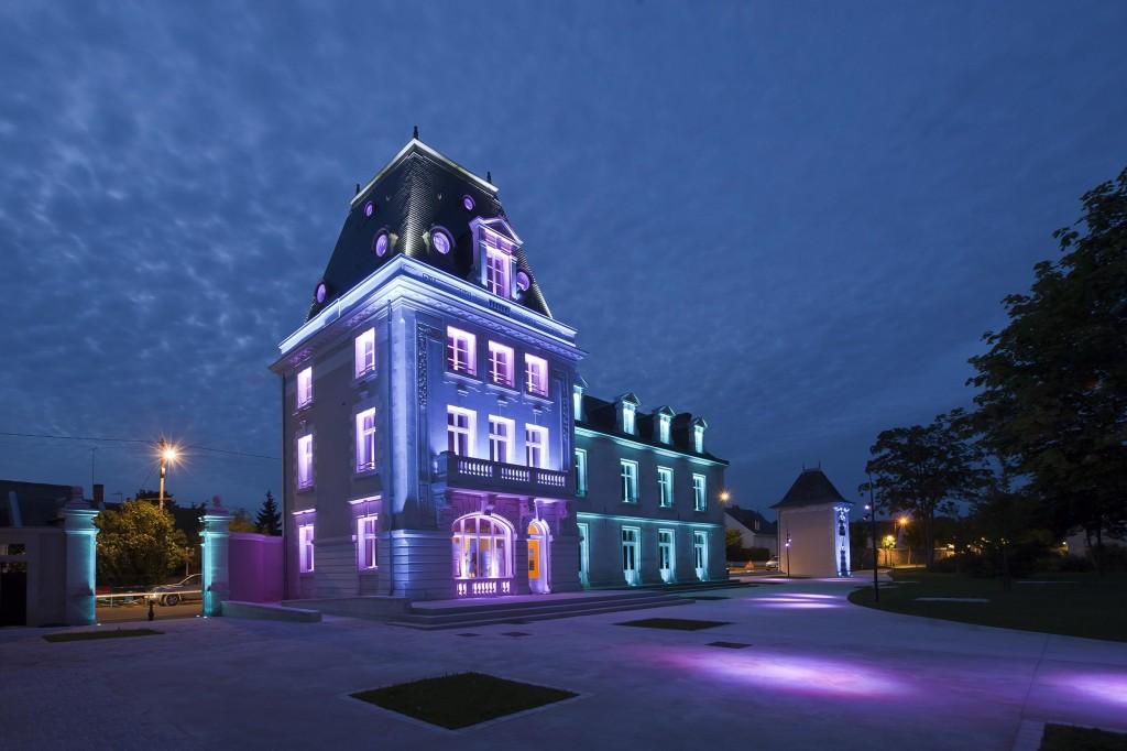 Ecole de Musique de Saint-Cyr sur Loire – (cortesia: Platek Light)