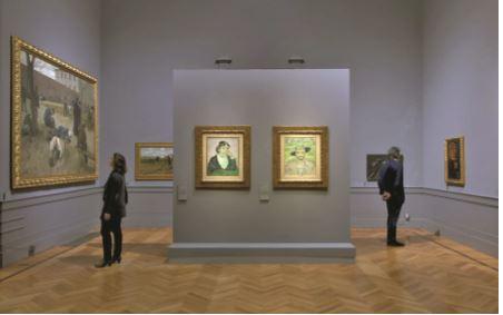 """Illuminazione d'accento per le due tele di Van Gogh, """"L'Arlesiana """" ed """"Il Giardiniere"""", con apparecchi Logotec LED, Erco (Foto T. Maier – Cortesia: Erco)"""