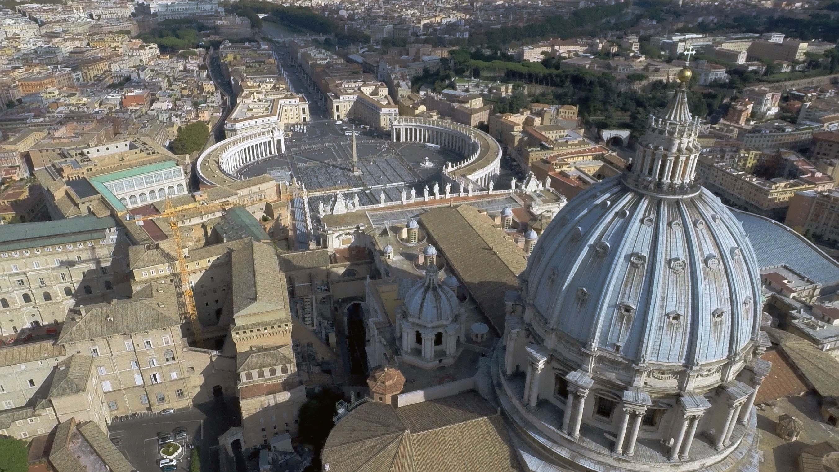 Veduta della Citt   del Vaticano  La Cappella Sistina vicino alla