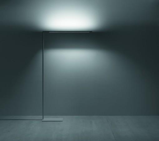 Il nuovo apparecchio da terra per ambienti di lavoro LED Linetik