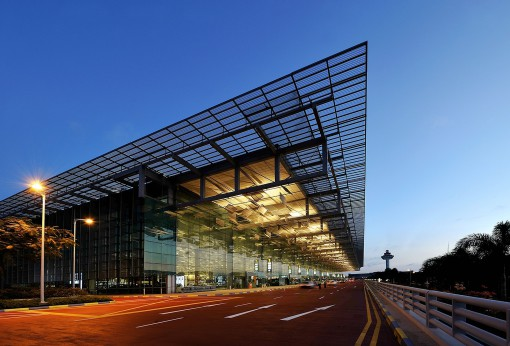 Singapore, Changi Airport (courtesy photo: Bartenbach LichtLabor – Durlum)