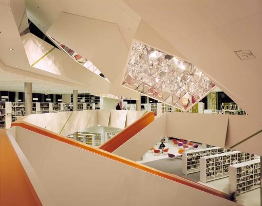 Augsburg, Biblioteca Pubblica (courtesy photo: Bartenbach LichtLabor - Peter Bartenbach)