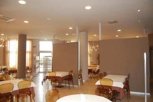 Un'altra immagine con una delle sale ristorante (cortesia: Colordesigners)