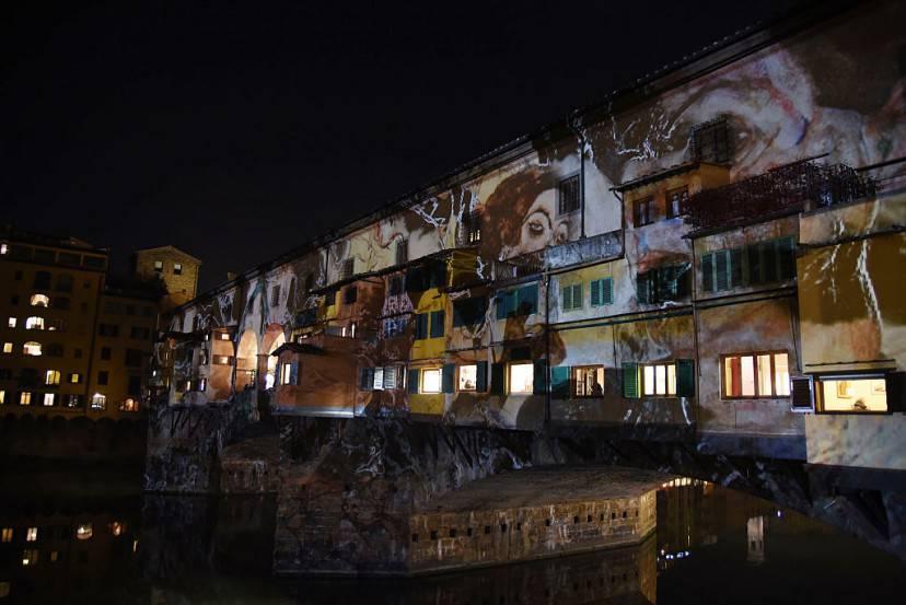 Firenze, F-Light 2015. Immagini d'arte su Ponte Vecchio
