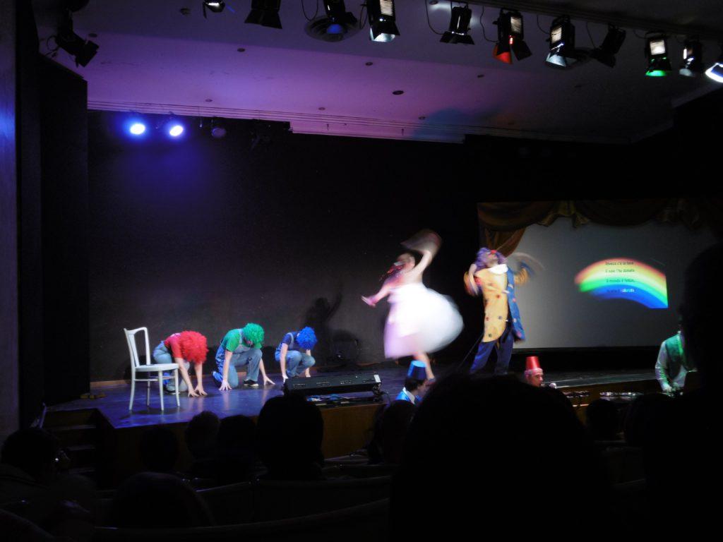 """Genova, Auditorium Carlo Felice. """"Operina della Luce"""". Un momento dello spettacolo (cortesia foto: R. Villa)"""