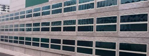 Pannelli OPV Heliatek integrati nella facciata della sede della Reckli (cortesia: Heliatek)