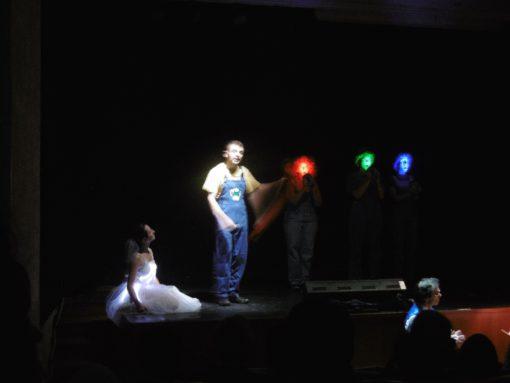 """""""Operina della Luce"""". La presentazione delle """"sorelle"""" RGB (cortesia foto: R. Villa)"""