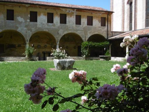 Ex Convento dei Francescani - Il chiostro. Museo Civico di Bassano del Grappa (Vicenza) Ex Convento dei Francescani - Il chiostro. Museo Civico di Bassano del Grappa (Vicenza)
