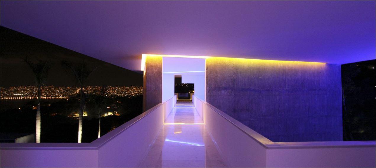Immagine notturna hotel-encanto (courtesy studio architettura)