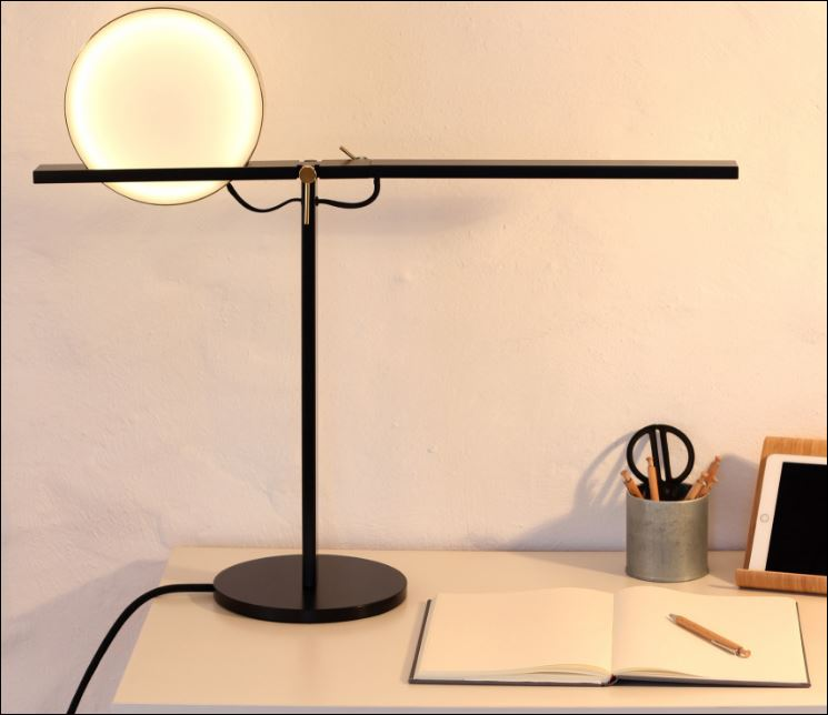 "Categoria ""Studenti"". Jenny Schmidtmann - ""Tolys"" (courtesy: Lamp)"