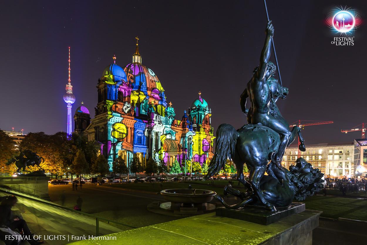 Festival of Lights, Berlino. Videomapping sul Duomo di Berlino, edizione 2015 (courtesy photo: Frank Hermann)