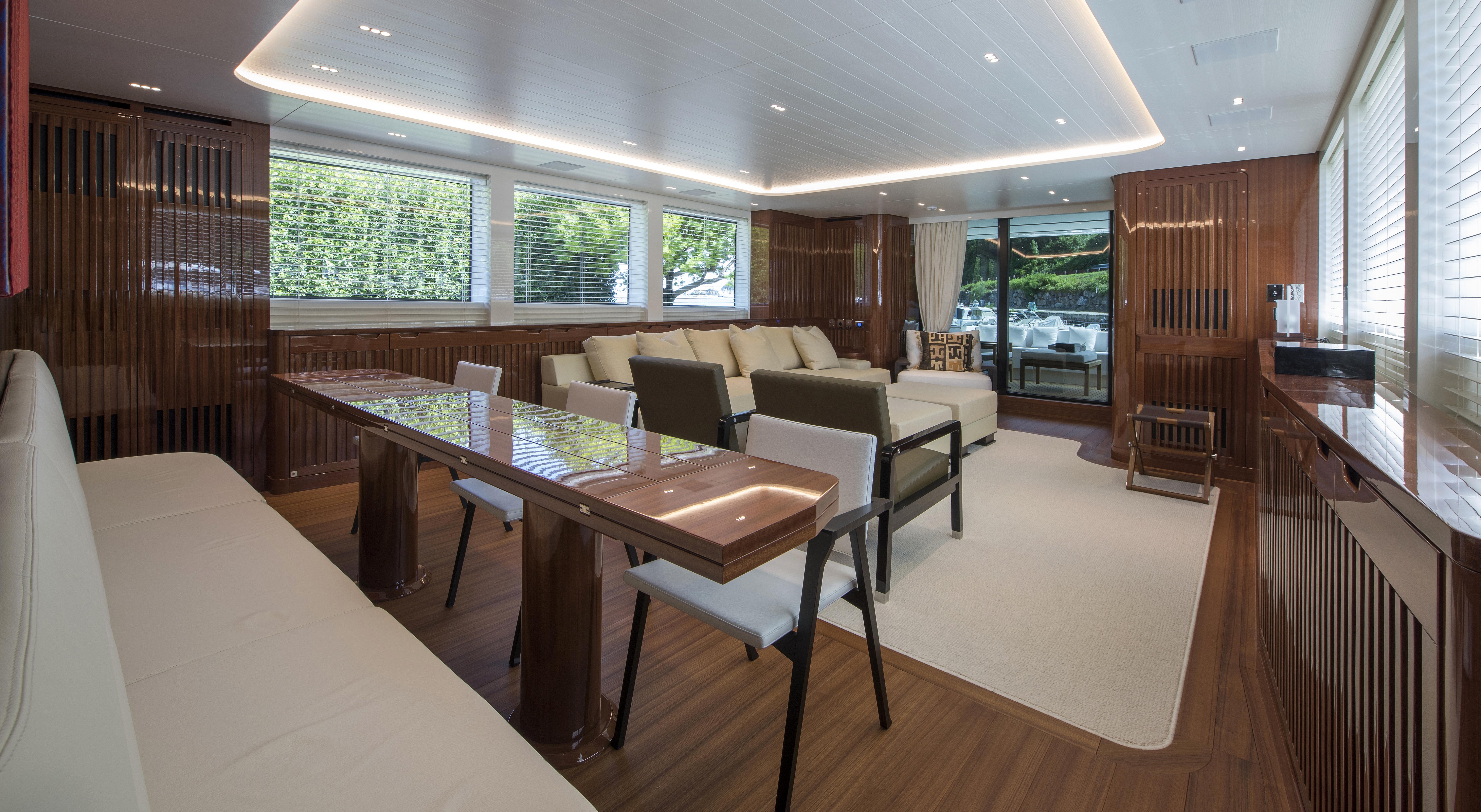Interni della nuova barca SL 96 635 (courtesy: Cantieri Navali Sanlorenzo)