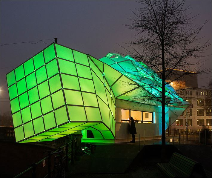 Amsterdam Light Festival - Eye Beacon (courtesy photo: UNstudio)