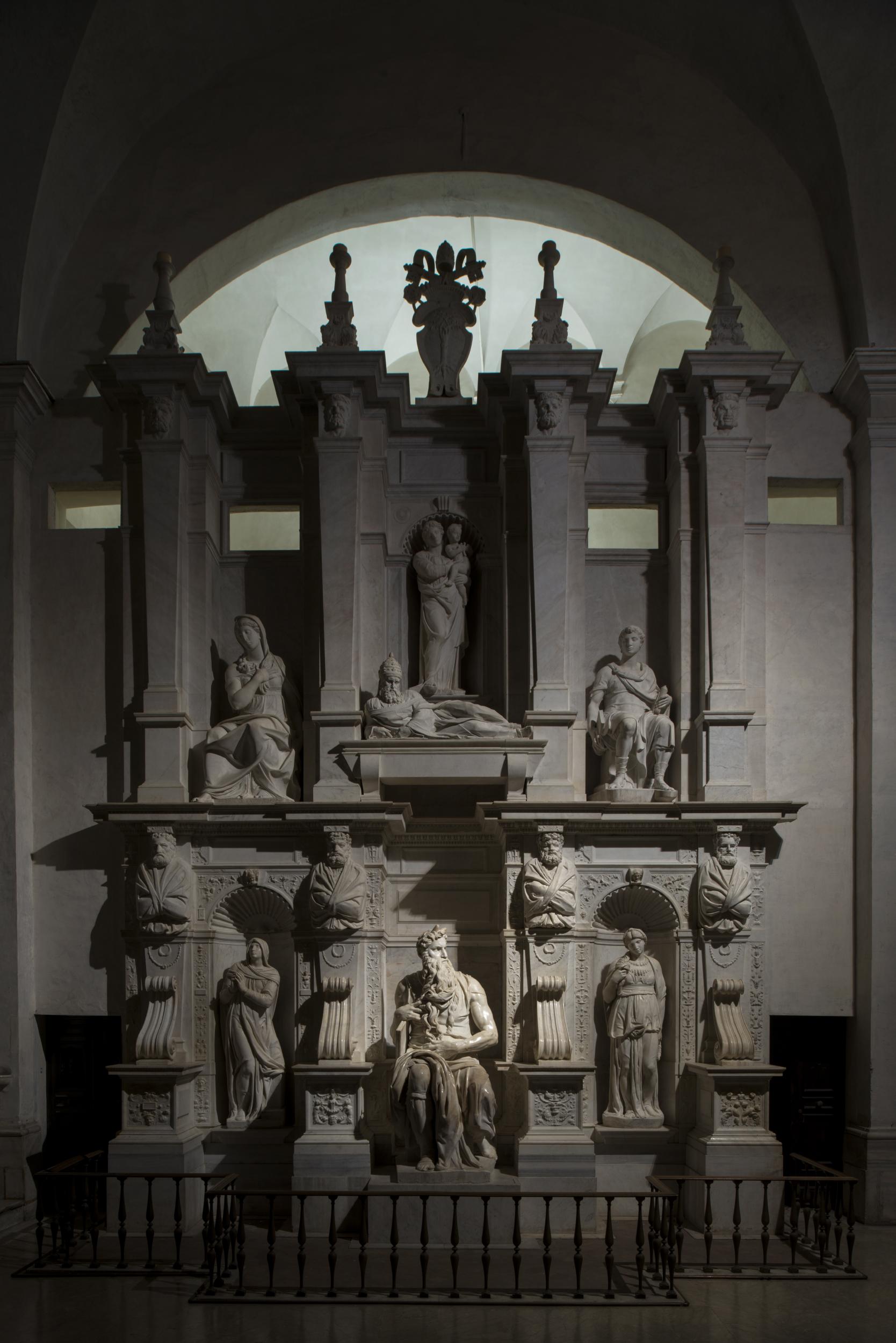 Roma, San Pietro in Vincoli Michelangelo Buonarroti - Mausoleo di Giulio II (cortesia foto: Andrea Jemolo)