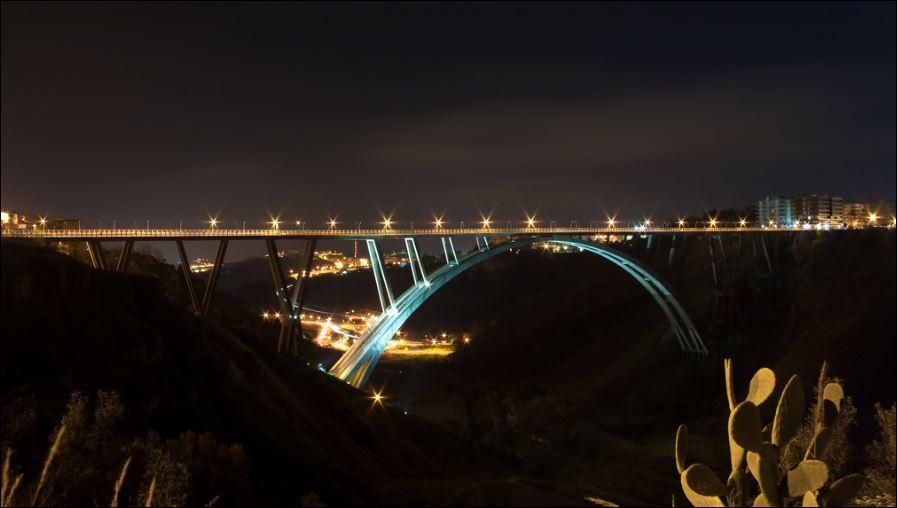 Catanzaro ponte bisantis scenari di luce per l for Portico e design del ponte