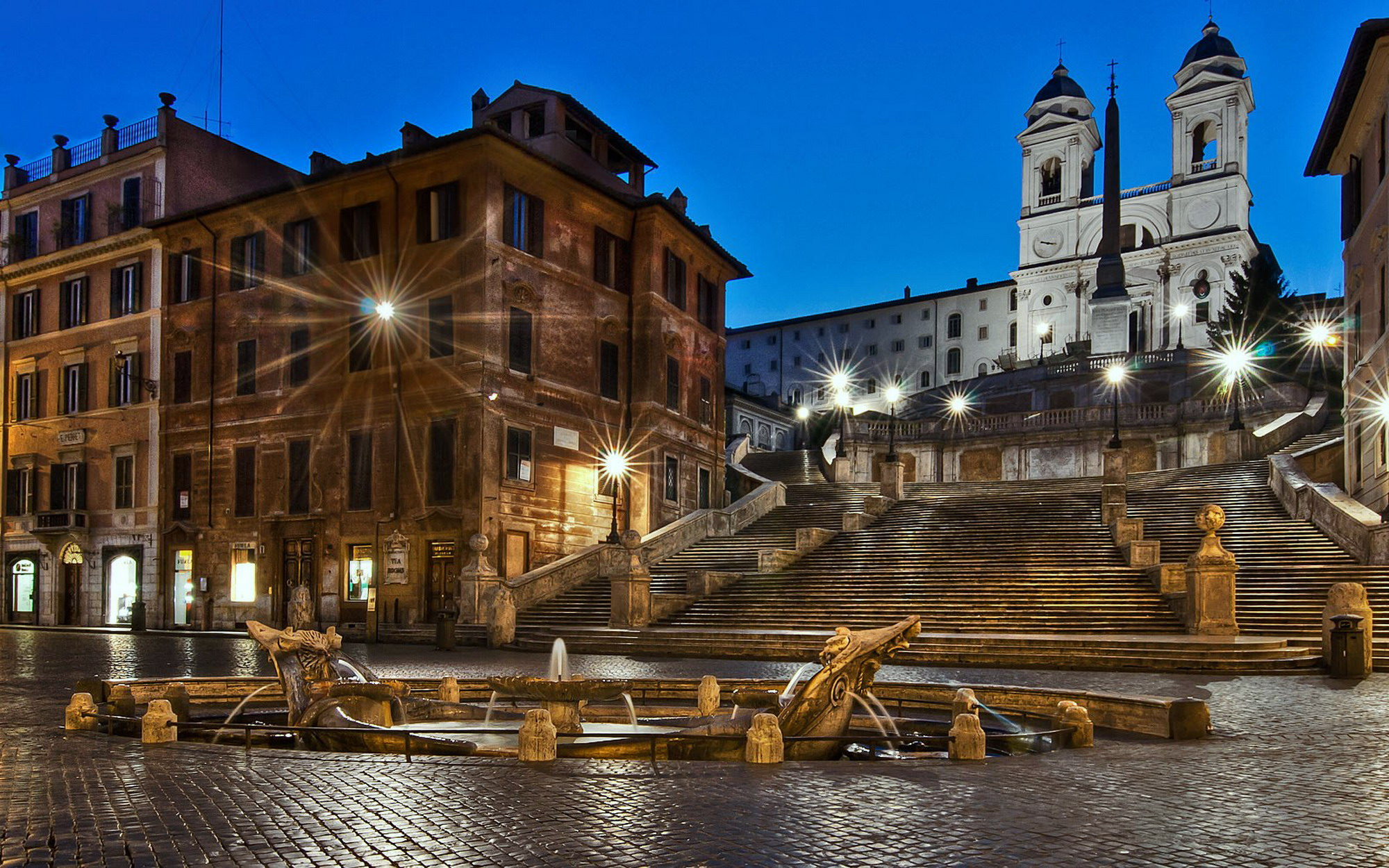 Roma illuminazione pubblica un progetto con le for Corso di arredatore d interni roma