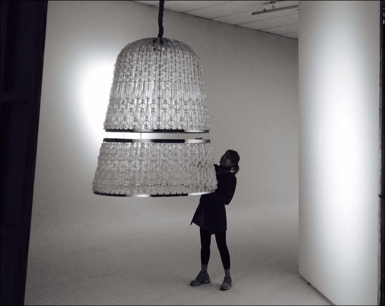 'Crowns' è una serie di lampade in vetro soffiato con illuminazione a LED realizzata da Marco Piva per Italamp
