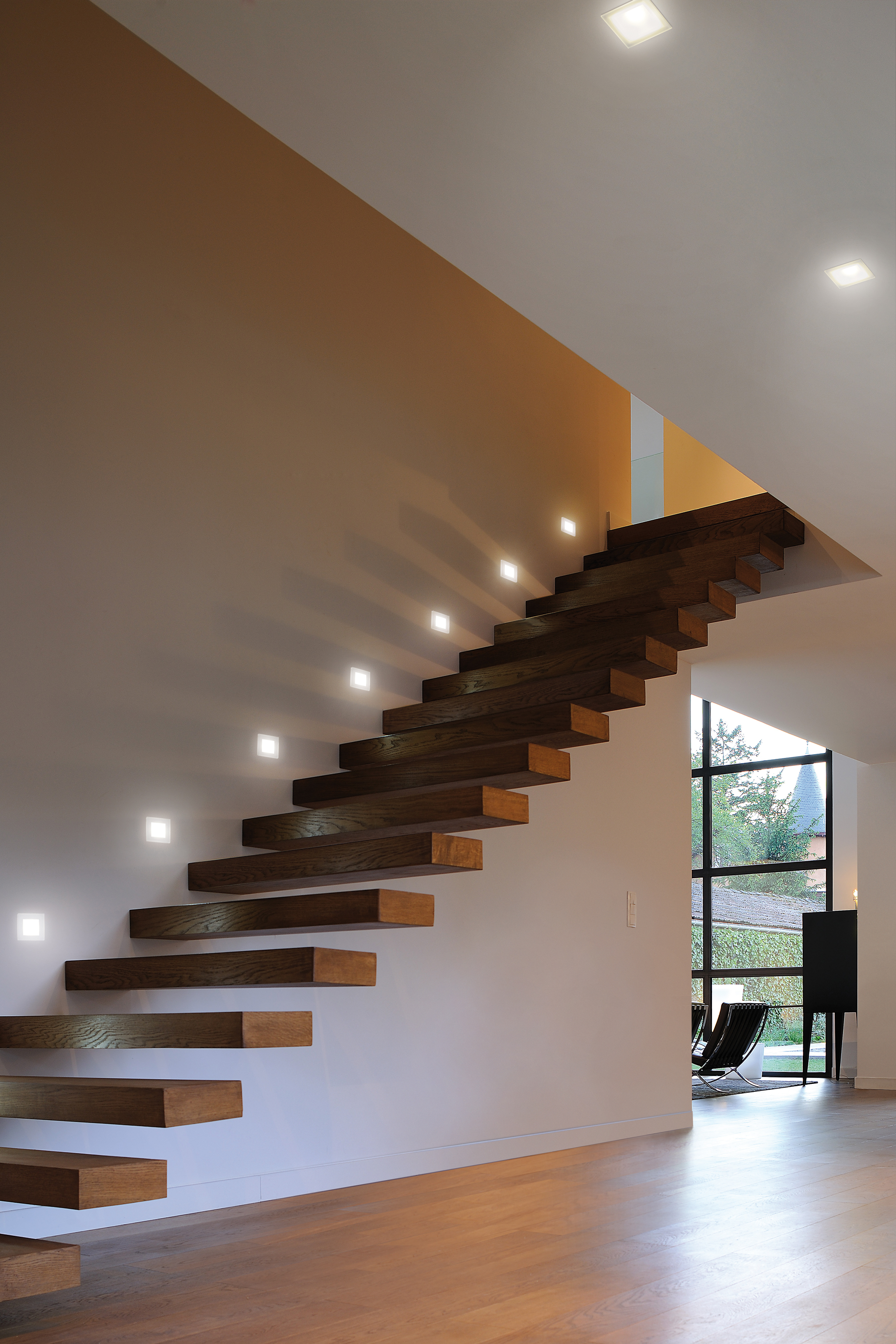 Spot da incasso a led luce e design for Luci a led per interni casa