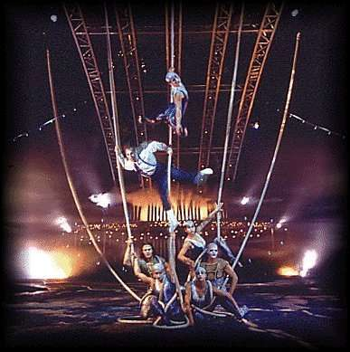 """Saltimbanco"" - Cirque du Soleil (cortesia: Clay Paky)"