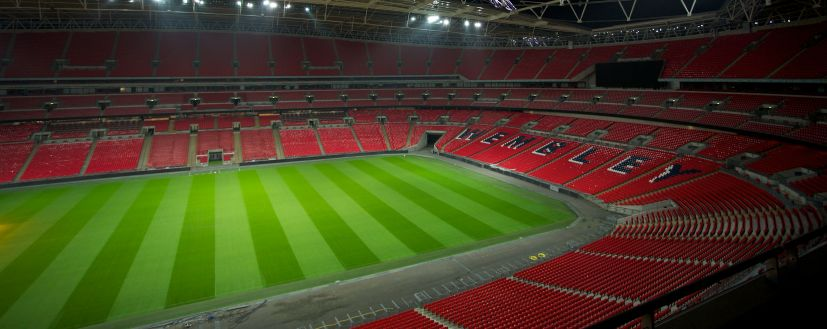 Londra, Wembley Stadium. L'illuminazione del campo di gioco (cortesia: Thorn Lighting)