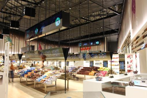 Imoon con coop illumina il supermercato del futuro luce e design