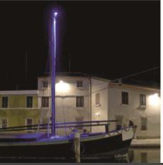 Per l'illuminazione d'accento della barca sono stati utilizzati piccoli proiettori a luce LED (foto: Maria Chiara Bonora)