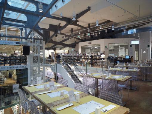 Alcune immagini del nuovo store Eataly Milano Smeraldo (courtesy photo: Paolo Carlini – iGuzzini Illuminazione)