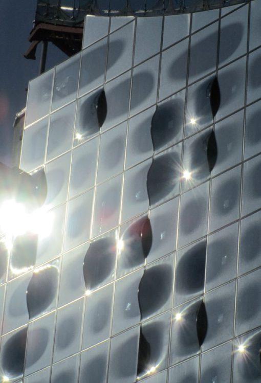 Elbphilharmonie Hamburg by Herzog and De Meuron - Hamburg, Germany (Project 2003) Dettaglio di facciata (cortesia dell'autore)