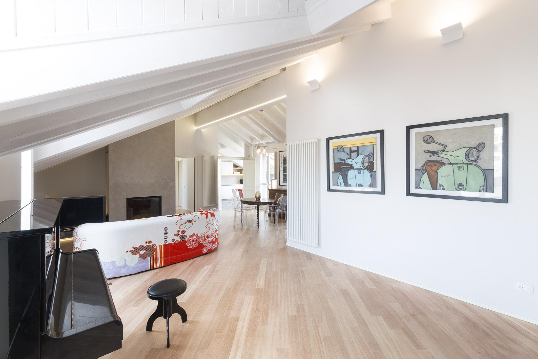 Design della luce per il residenziale luce e design for Quadri a parete