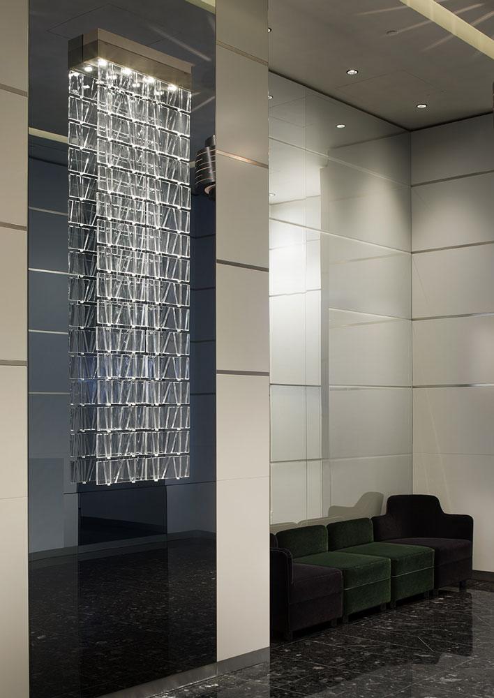 """Nell'immagine la lampada """"Tile"""" parete (design by Pamio Design) (courtesy photo: Fabbian Illuminazione)"""