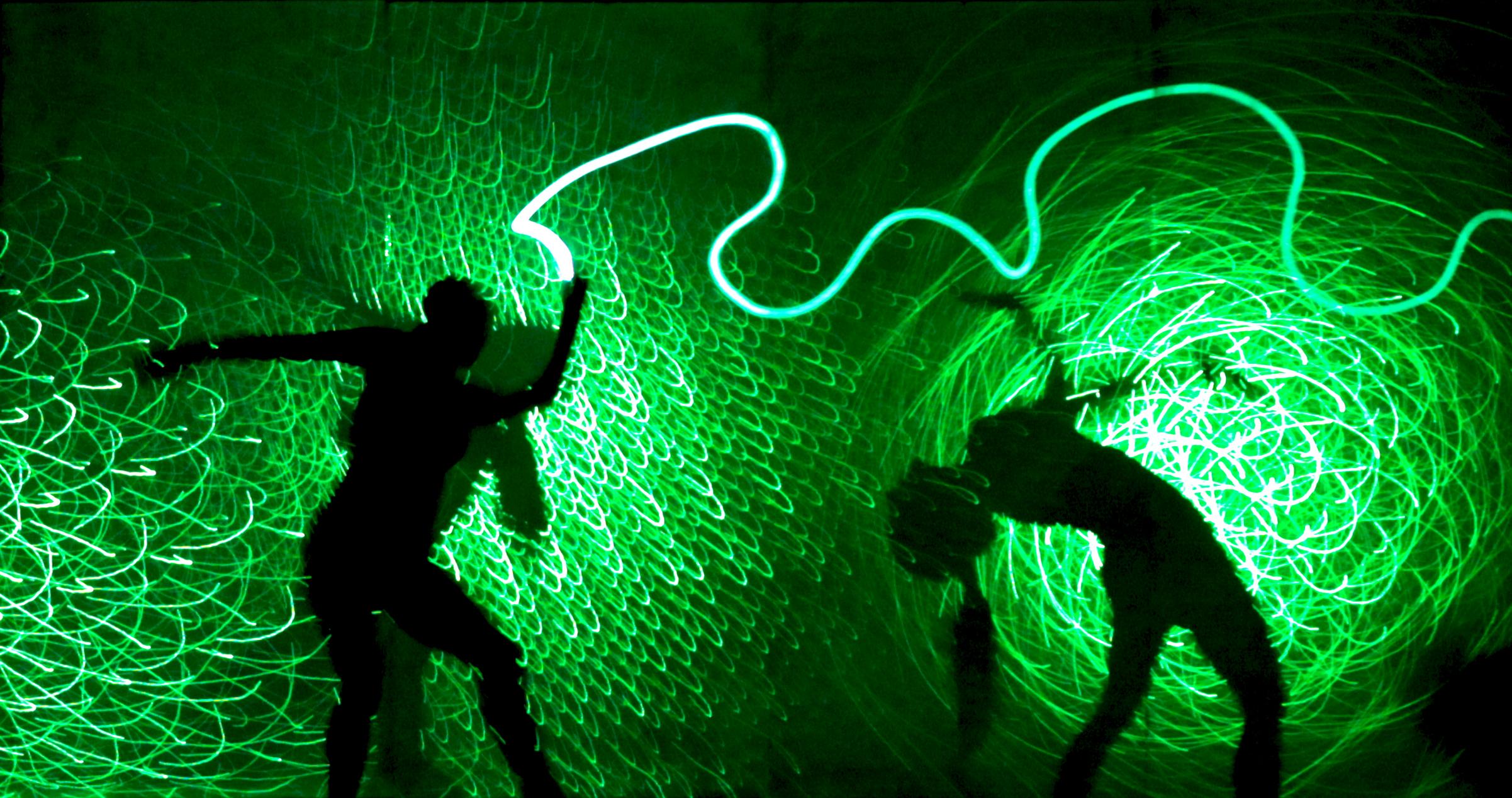 Un esempio degli effetti realizzati con l'utilizzo del Light WALL (courtesy photo: eVolution Dance Theater)