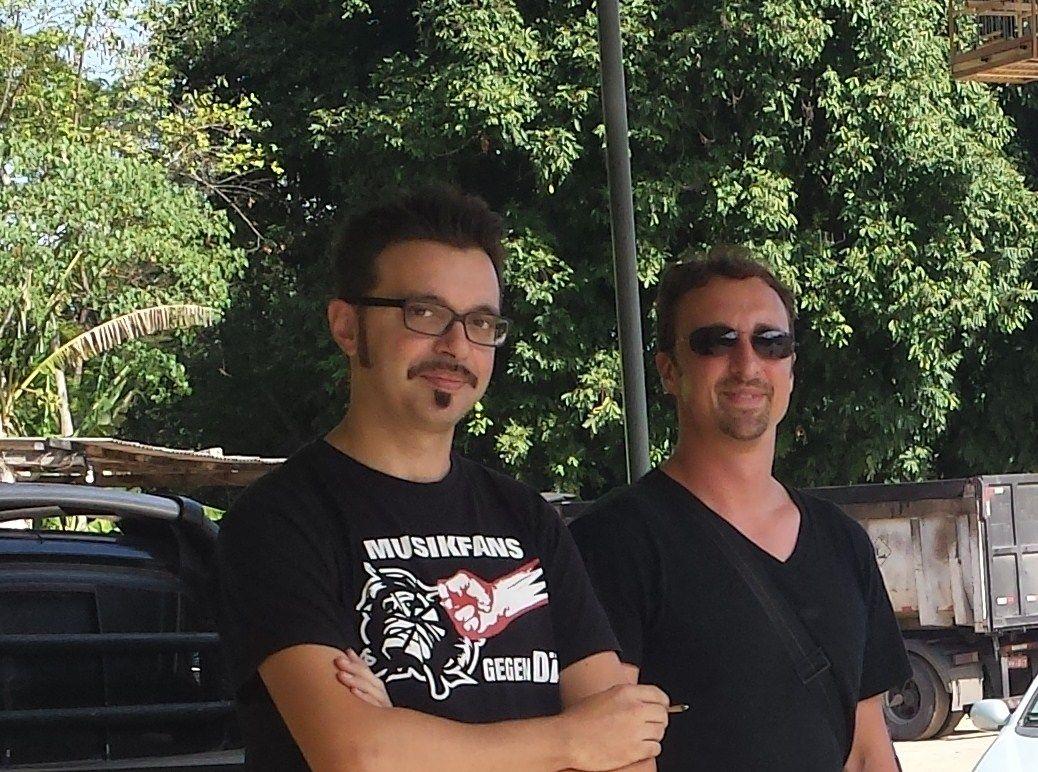 A sinistra, il lighting designer Mimmo L'Abbate con il Direttore artistico e coreografo Anthony Heinl