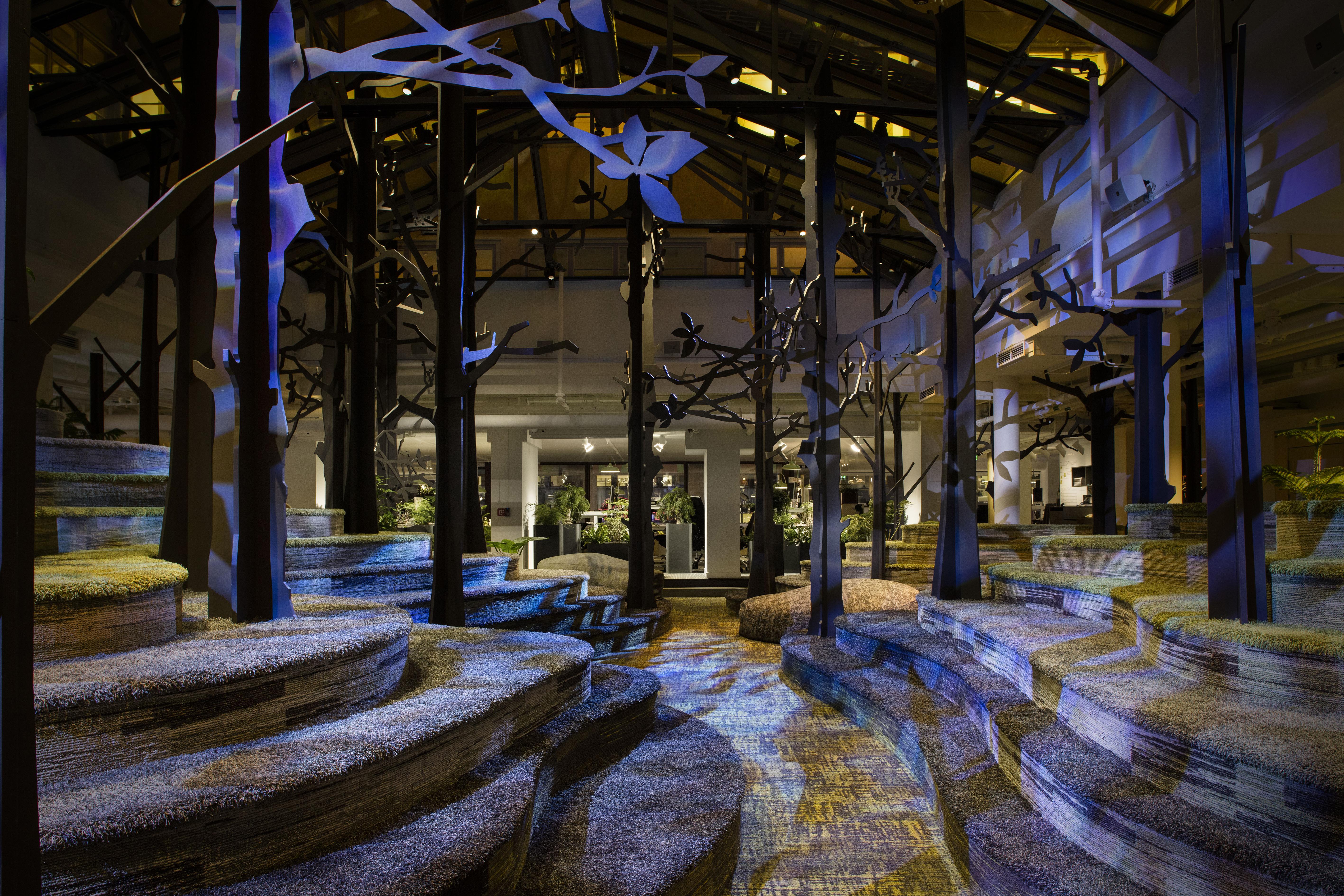 Stoccolma. King Game Studios. Un'immagine del nuovo spazio di lavoro creativo (courtesy: ÅF Lighting) (courtesy photo: Joachim Belaieff - / Adolfsson & Partners)