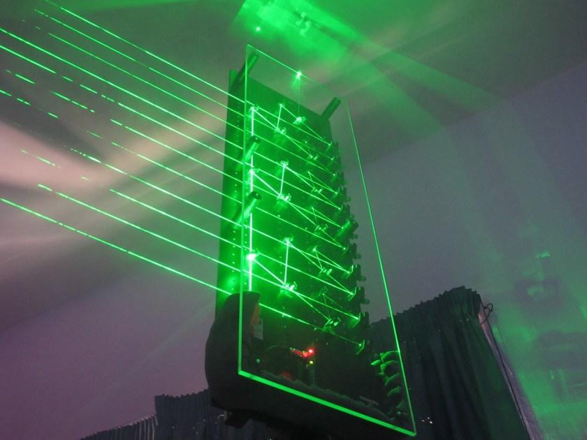 Unarpa di luce laser luce e design