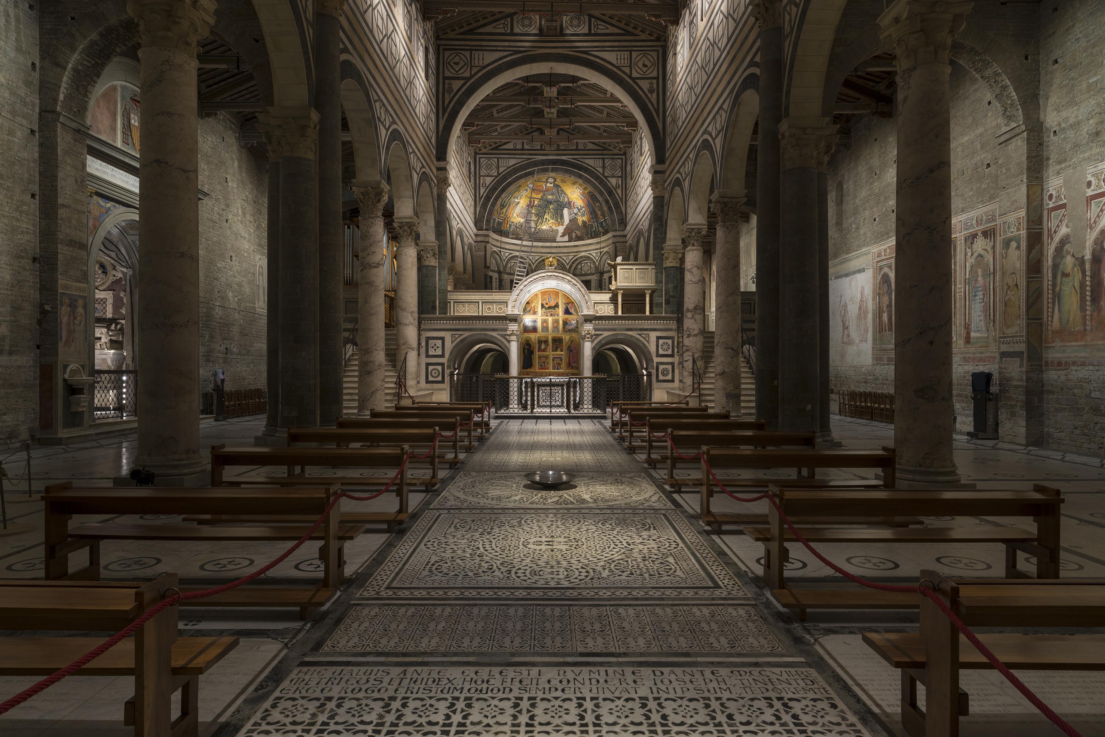 La luce profonda del romanico luce e design